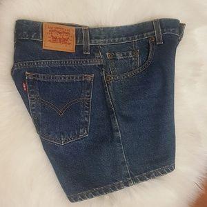 Levi's High Waist Medium Wash Shorts Size 7 JR